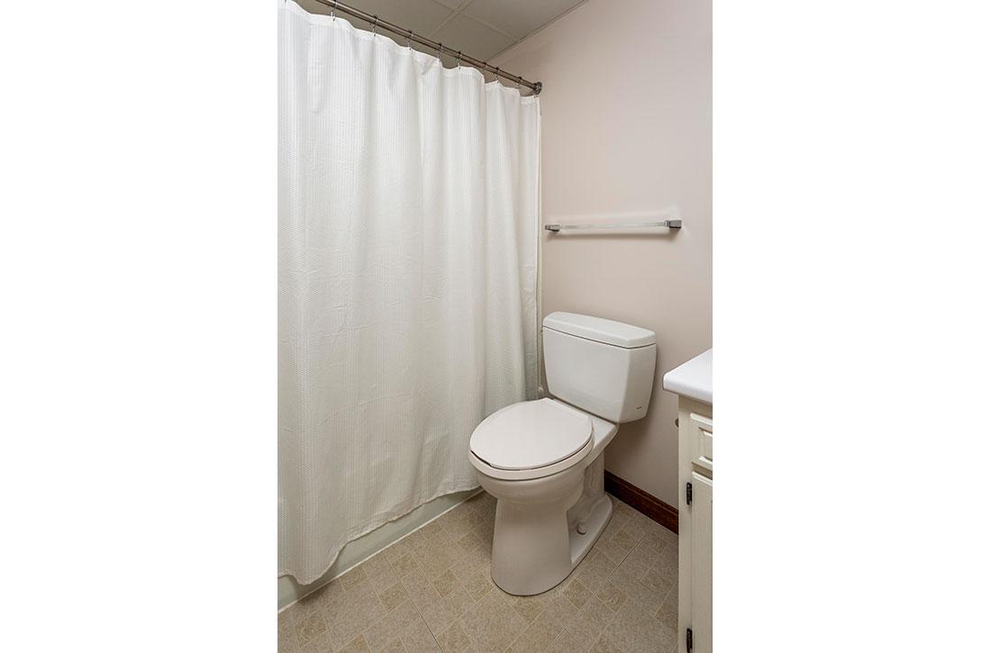 Carriage-House-bathroom-1