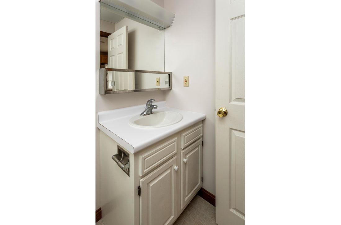 Carriage-House-bathroom-2