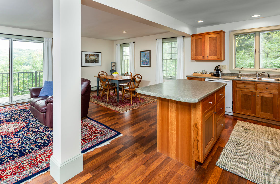 Spacious luxury apartments in Hallowell